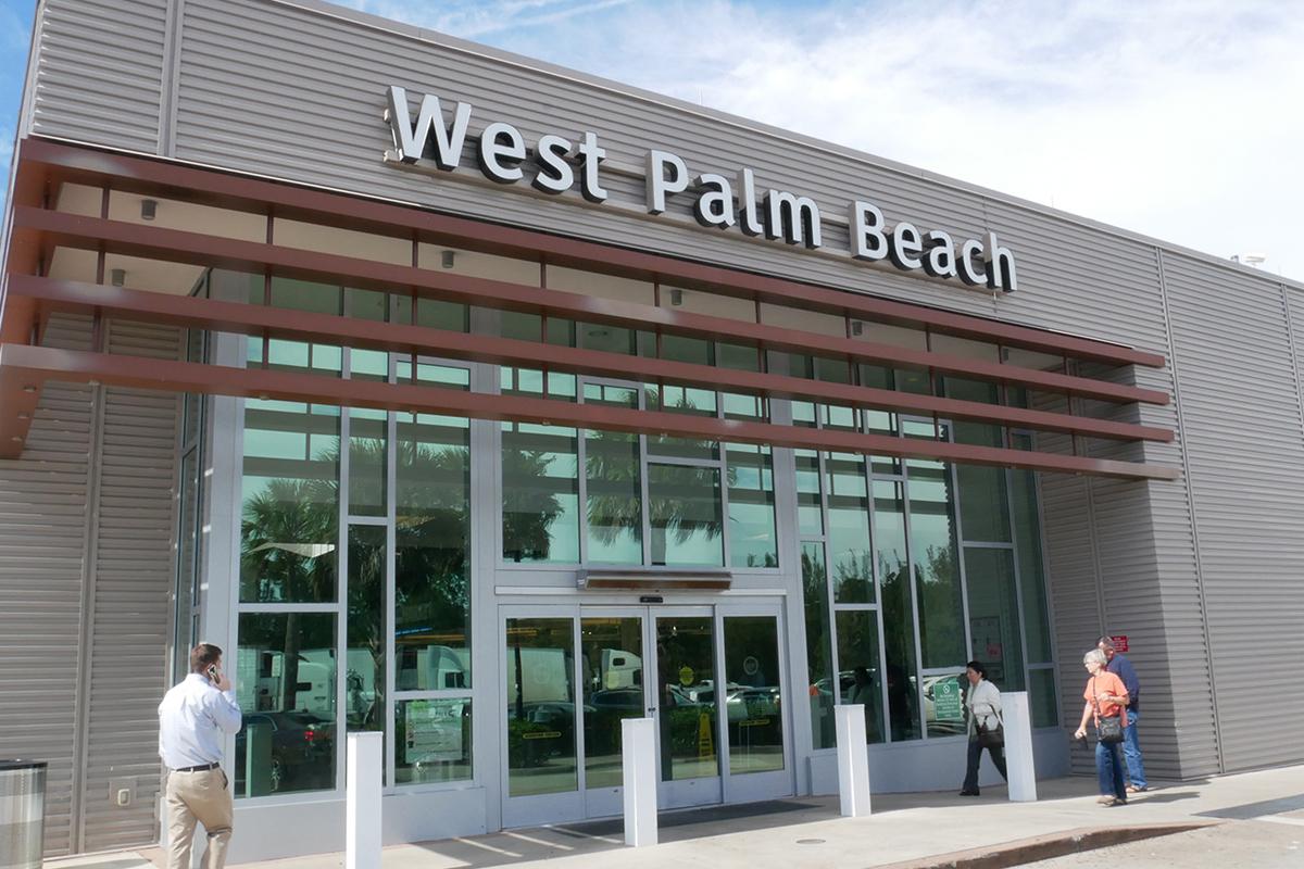 West Palm Beach Service Plaza